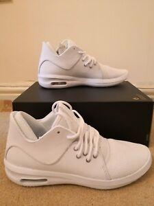 Hommes Nike Basketball Class Uk First Baskets Chaussures De 7 Taille Air Jordan xxawCqRS