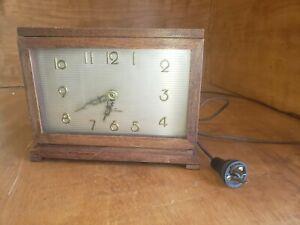 Antique-Vintage-Electric-Brown-Wooden-Desk-Clock