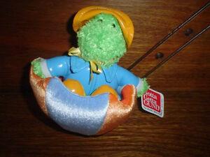 Gund-2004-Quibbet-Frog-Zip-Along-Plush-Moving-Toy
