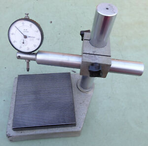 Messtisch-125-Messstativ-Feinmesstisch-Messuhrhalter-Messstaender-Mitutoyo-Messuhr