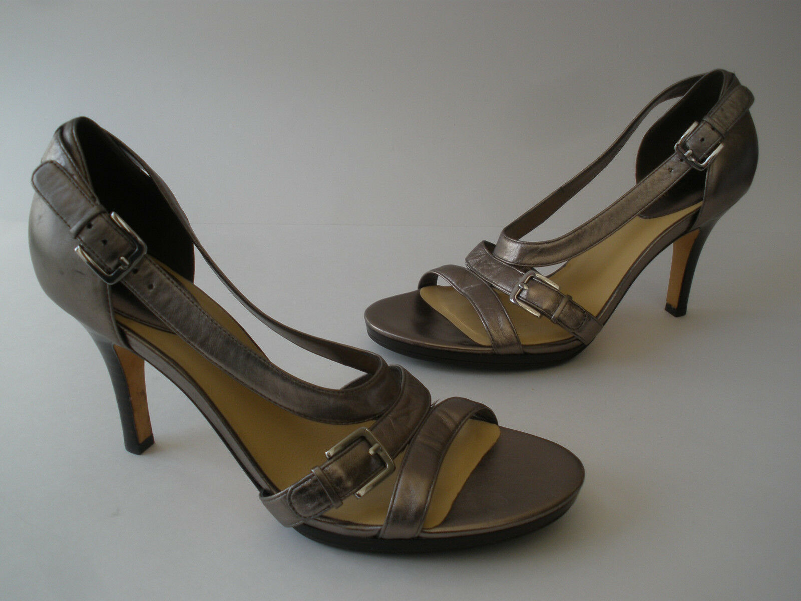COLE HAAN PEWTER METALLIC 10 LEATHER 3 1/2