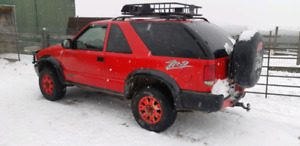 2005 gmc jimmy zr2