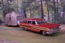 1964 FORD COUNTRY SQUIRE + AIRSTREAM CAMPER 1/64 SCALE DIORAMA COLLECTIBLE MODEL
