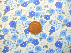 IVORY WITH A DESIGN OF BLUE FLOWERS amp PIN DOTS  100 COTTON FABRIC FQ - <span itemprop=availableAtOrFrom>Norwich, Norfolk, United Kingdom</span> - Fabric cut to the buyer's requirements cannot be returned. The Buyer must pay postage and packaging costs - Norwich, Norfolk, United Kingdom