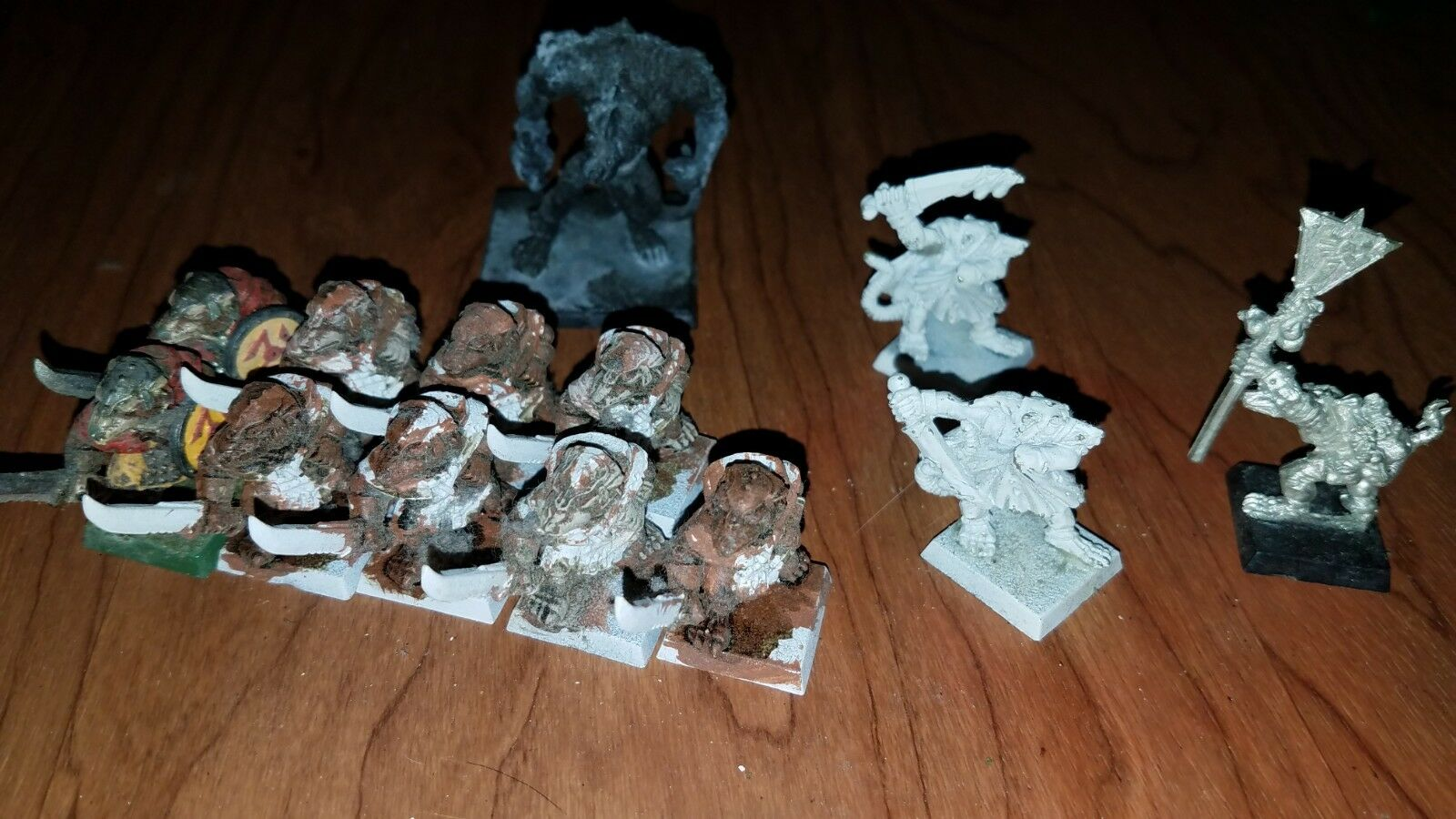 Games Workshop  Warhammer Fantasy Plastic + Metal - 12 SKAVEN TROOPER, 1 RAT OGR
