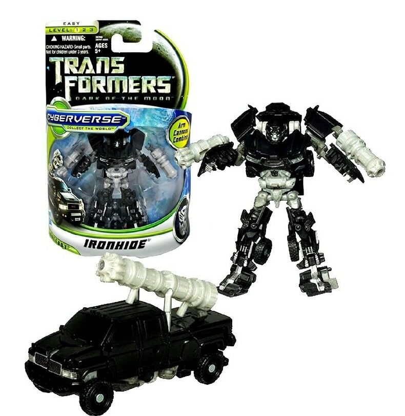 2010 Hasbro Transformers 3 Dark of the Moon Movie Commander Class Ironhide
