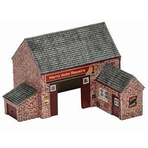 HORNBY-Skaledale-R9855-The-Village-Garage