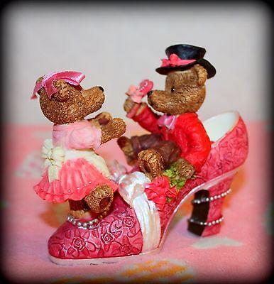 *NEW* RESIN TEDDY BEAR LOVE SHOE FIGURINE ADORABLE!!