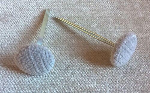 Prong//Clinch Back Cloud Chenille Velours Tissu Couvert Boutons en tissu gris