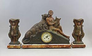 8320035 Figürliche Uhren-garnitur Art Déco Frankreich Um 1920 Tisch-uhr U. Vasen Verkaufspreis