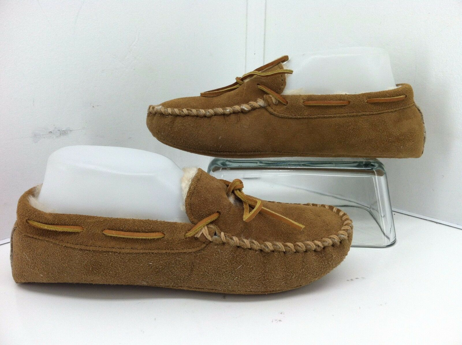 Minnetonka Brown Faux Fur Lined Leather Upper Moccasins Slipper Shoes. Size 7