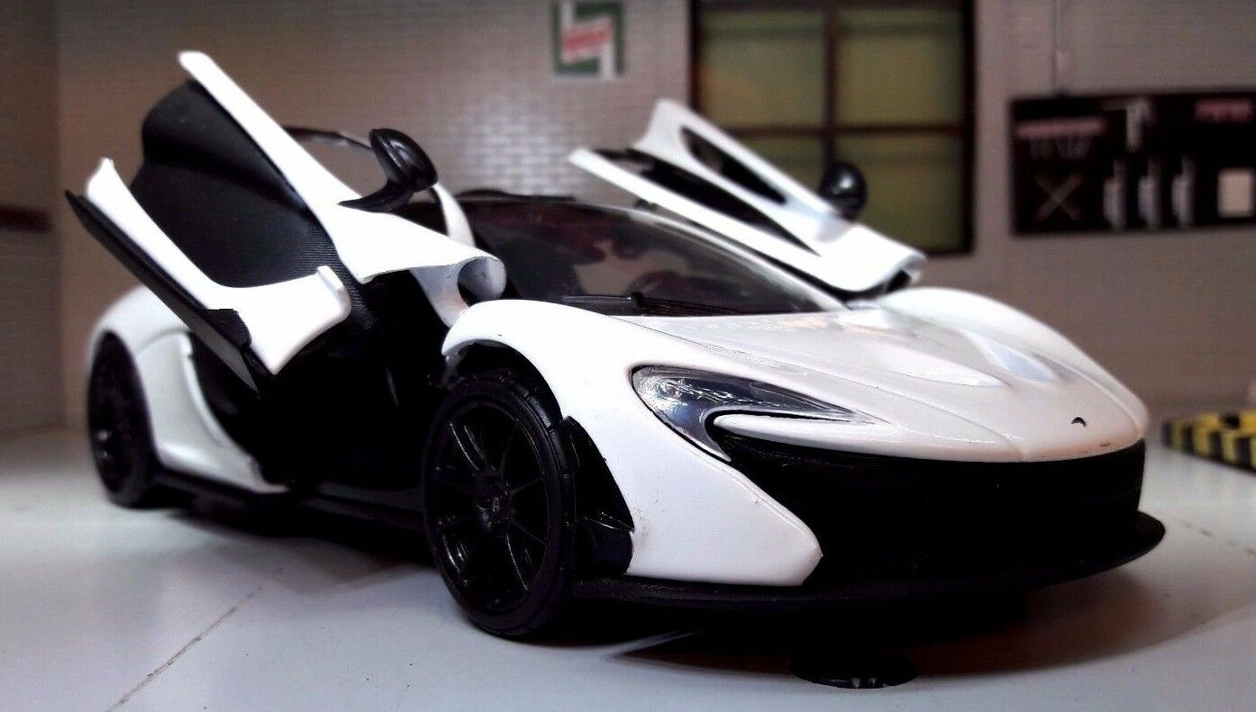 1 24 Echelle McLaren P1 Motormax Voiture Miniature 79325 Alaskan Diamant Blanche