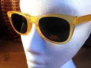 NEW-Childrens-Kids-Yellow-ABS-Plastic-Dark-Tint-CE-Sunglasses-100-UV400-SS84