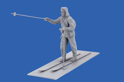 ICM 35566-1//35 Finnish Riflemen Winter 1940 WWII 4 figures plastic model
