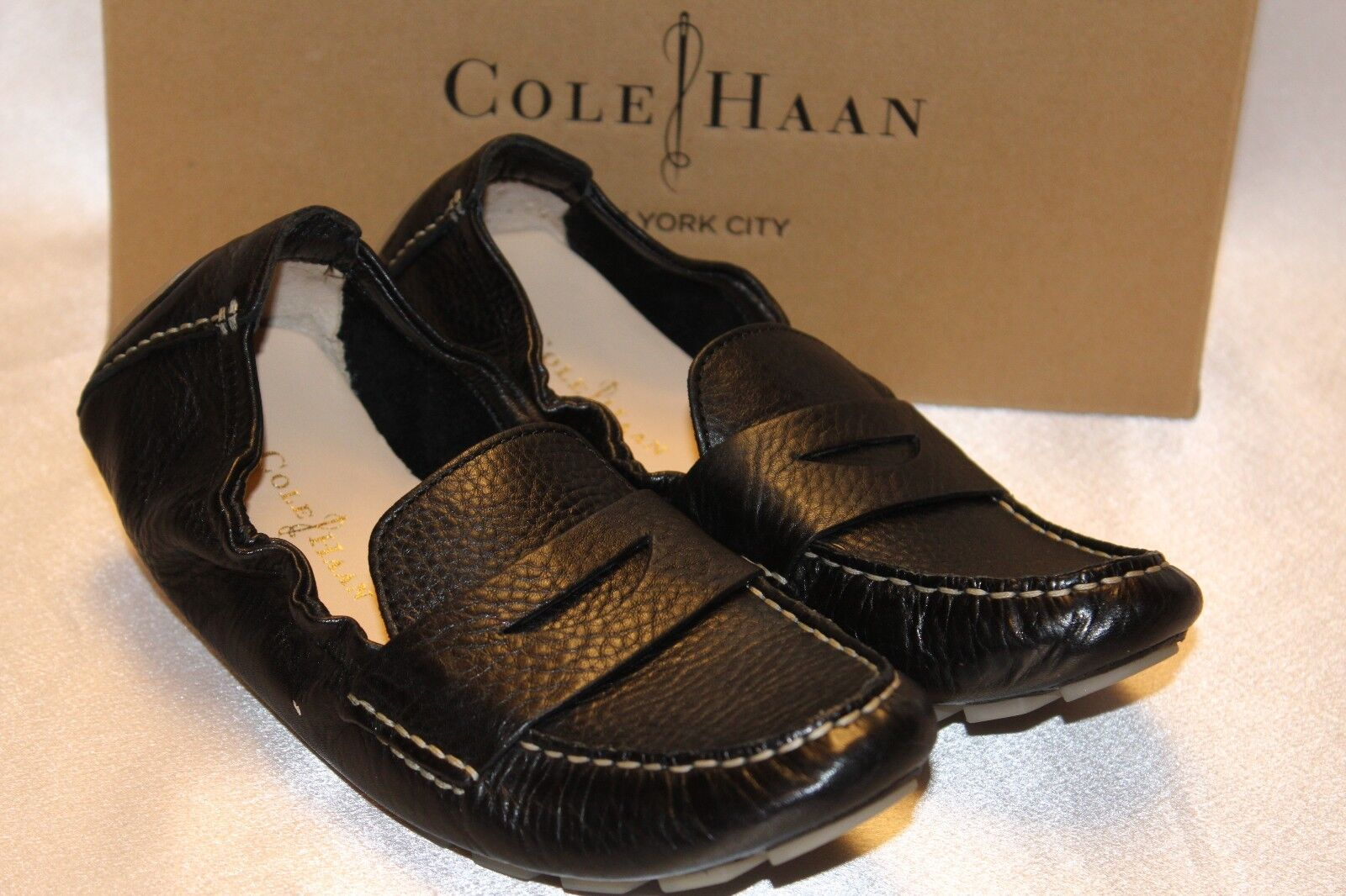 NEW  COLE HAAN Black Leather SADIE DECONSTRUCTED Elasticized Driving Moc 6  178