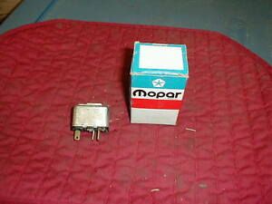NOS-MOPAR-1969-74-POWER-WINDOW-RELAY-w-BRACKET