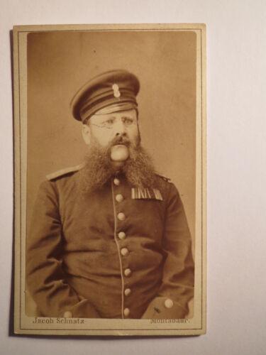 Montabaur - Soldat oder Beamter mit Bart in Uniform mit Orden - Portrait / CDV