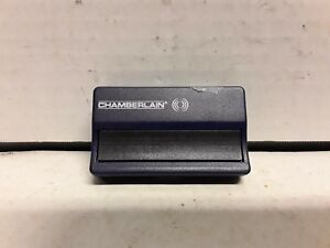 Chamberlain-LiftMaster-single-button-Garage-Door-amp-gate-remote-opener-371LM-950C