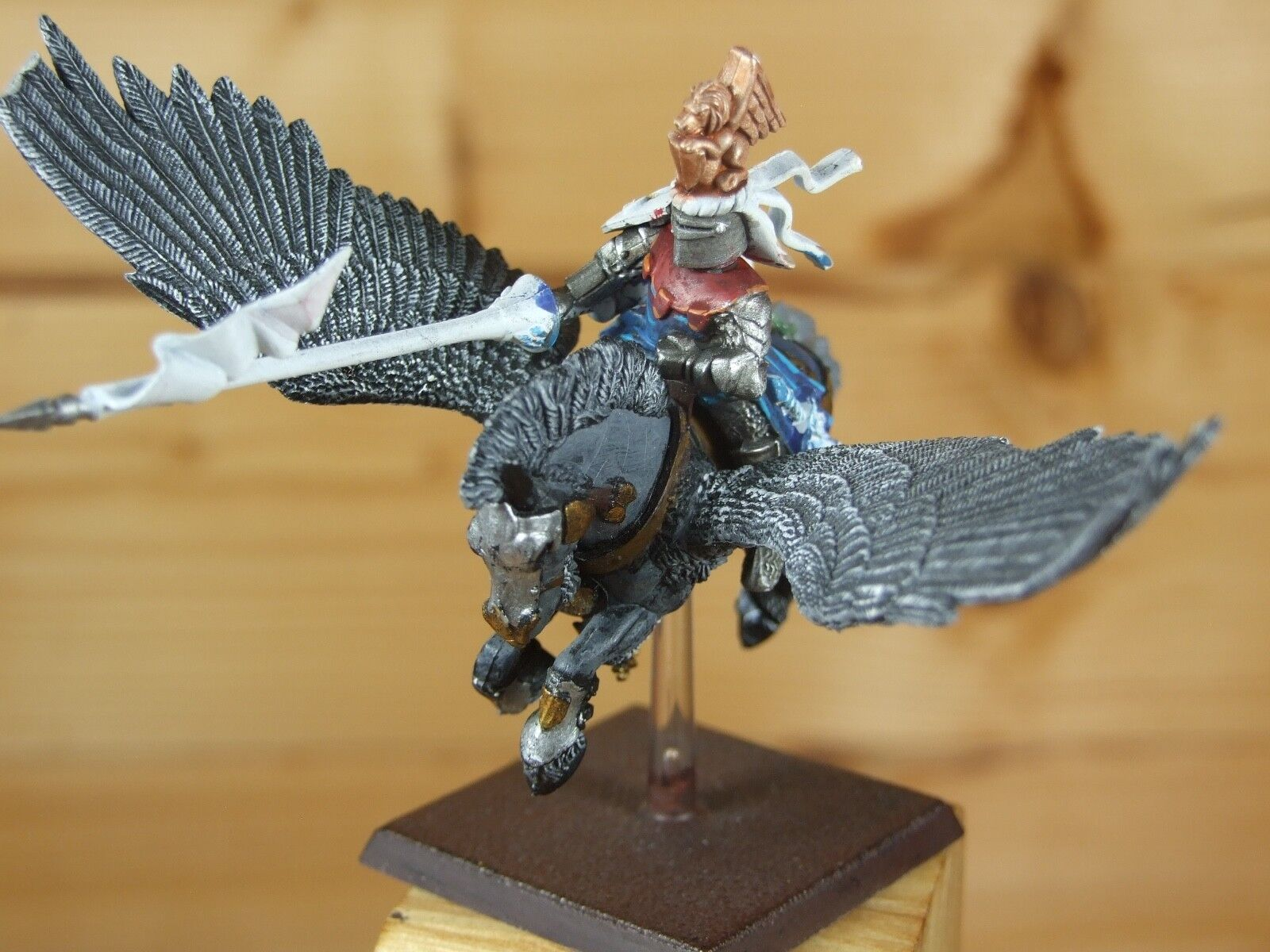 PLASTIC WARHAMMER BRETONNIAN PEGASUS KNIGHT PART PAINTED (L)