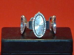 Pre-Owned-Women-s-Versales-Rhinestone-Bracelet-Fashion-Analog-Watch