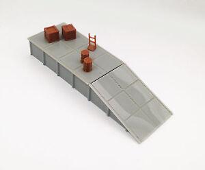 Outland Models Modelleisenbahn Miniatur Plattform / Laderampe mit Waren Spur H0