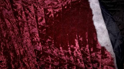 superbe tissu velours rouge fonce double face matelassé  50x140 cm