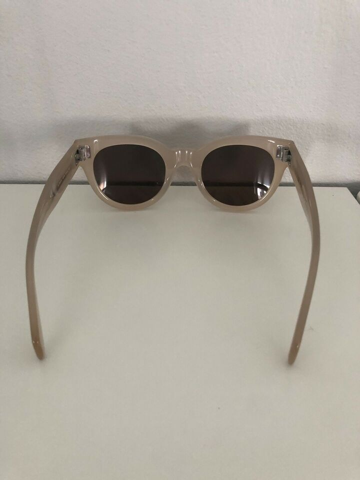 Solbriller dame, Celiné