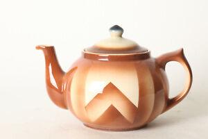 Bunzlau-Tea-Pot-Braun-Fireproof-Ca-5-1-2x8-5-16in-122601