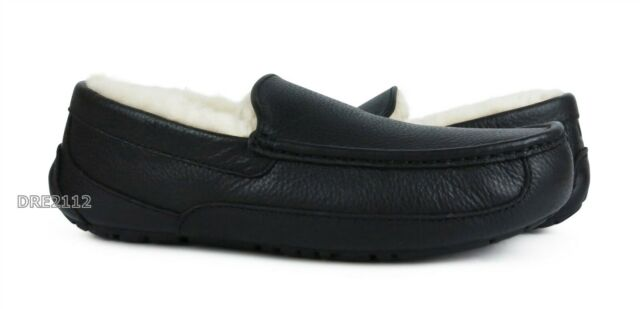 UGG Ascot Black Leather Fur Slippers Mens Size 12 (Fits Size 11) *NIB*