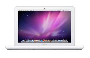 "Apple Macbook 13.3"" Silver Mc516ll/a 250gb 2gb Ram Intel Core 2 Duo 2.4ghz"