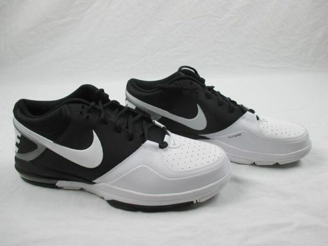 NEW Nike Trainer 13 Mid BlackWhite Running, Cross Training (Men's 16)
