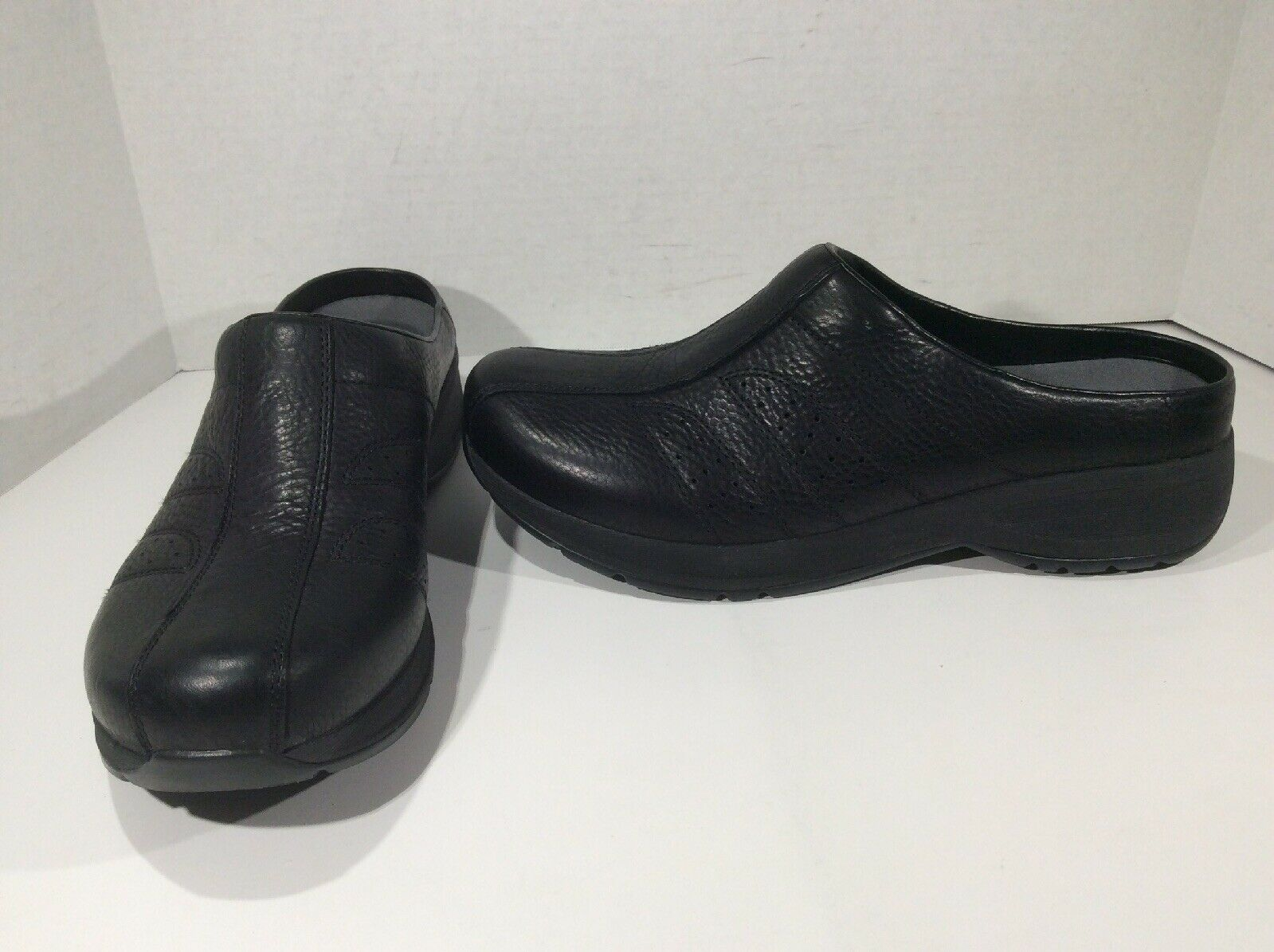 DANSKO Women Shelly Black Casual Walking Athletic shoes Sz 41 = 10.5 - 11 DK-146