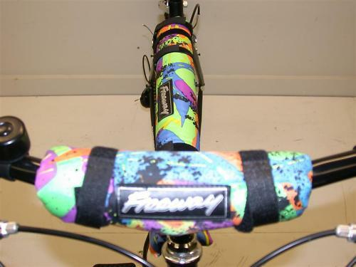 Multicolore de sécurité double tampon set pour n'importe quel vélo ou VTT GREAT LOOKS PRIX BAS