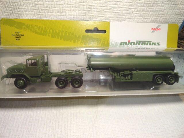 Hepa Roco minitanks 601 M931 Five ton tractor and M-969A2 fuel tanker  1/87