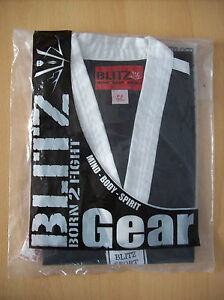 Top Blitz Classic Freestyle Martial Arts Top Black White 130 cm Kids Size 0 New - <span itemprop='availableAtOrFrom'>Boston, United Kingdom</span> - Top Blitz Classic Freestyle Martial Arts Top Black White 130 cm Kids Size 0 New - Boston, United Kingdom
