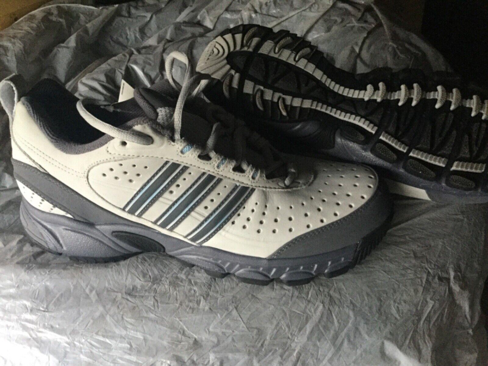 Adidas Walkaday 6 W Gr. 7,5 (41 1 3)