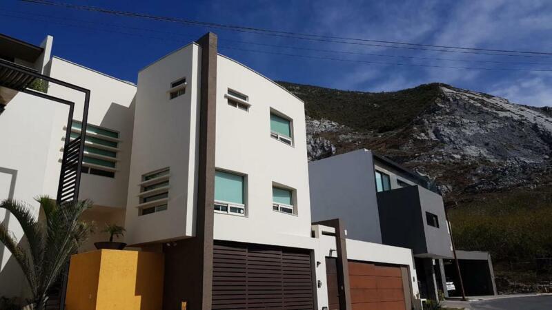 Casa - Colinas del Valle