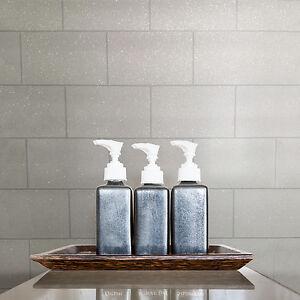 cucina e bagno bianca - GLITTERATA Carta da parati a mattonelle ...