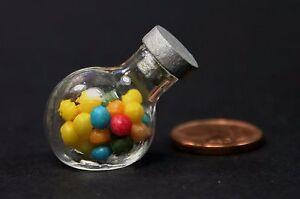 bunte bonbons im glas miniatur s igkeiten 1 12 puppenstube puppenhaus 1 6 ebay. Black Bedroom Furniture Sets. Home Design Ideas