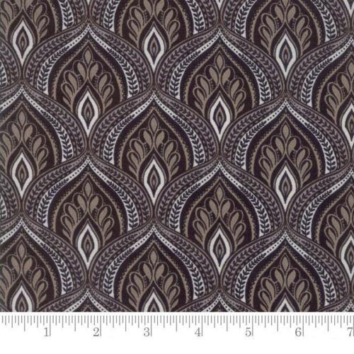 Per 1//4 Metre Moda Fabric Maven Peaks Valleys Onyx