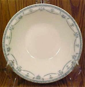 Johnson-Brothers-The-Villiers-Vegetable-Bowl-Round-Serving-Porcelain-Vintage