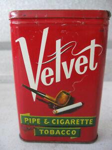 Vintage-Velvet-Pipe-amp-Cigarette-Tobacco-Vintage-Antique-Tin