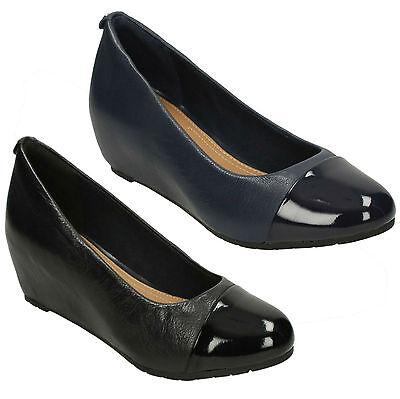 Clarks Ladies Smart Wedge Shoes /'Vendra Dune/'