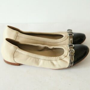AGL Nude / Blue Leather Patent Leather Cap Toe Flat Shoes