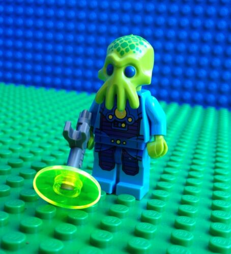 Lego ALIEN TROOPER Minifigures Space Police Squid Ray Gun 71008 Series 13