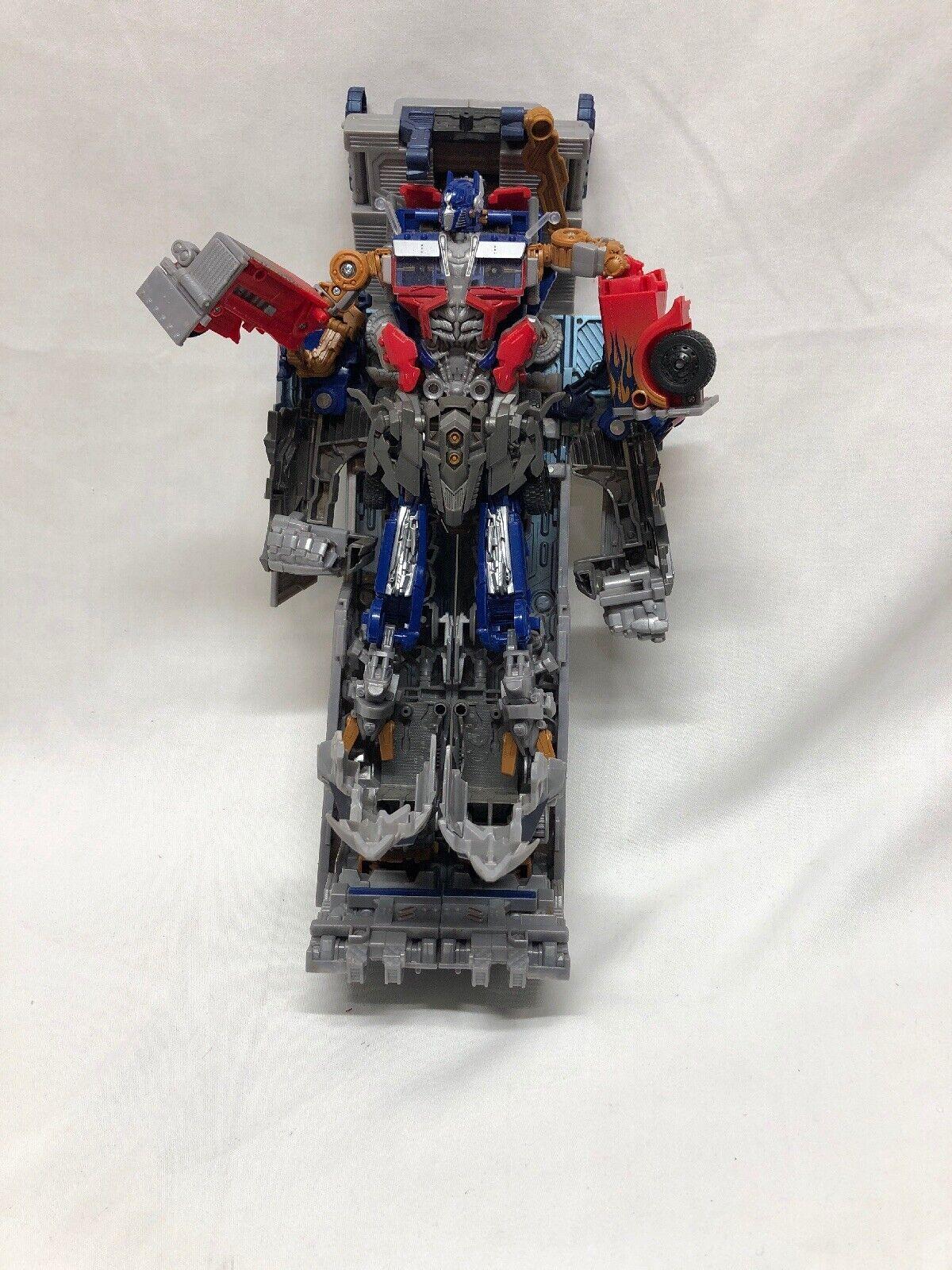 2011 Hasbro Transformers Dark of the Moon Mechtech Ultimate Optimus Prime