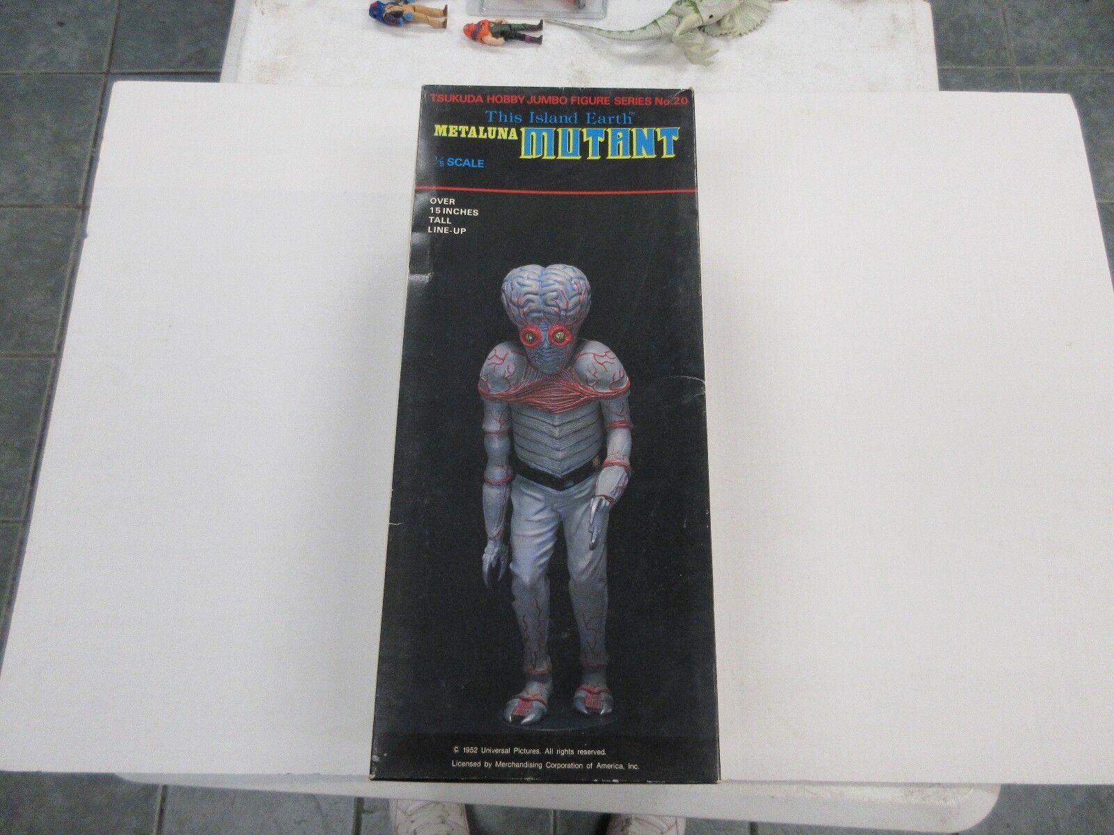 1982 TSUKUDA HOBBY JUMBO 15  FIGURE METALUNA MUTANT 1 5 SCALE UNPAINTED