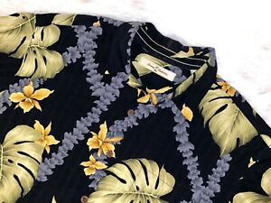 Tommy-Bahama-button-down-short-sleeve-medium-shirt-Hawaiian