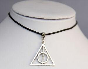 Harry-Potter-I-Doni-Della-Morte-Collana-Con-Ciondolo-In-Vera-Pelle-Nero-Filo