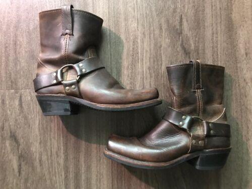 Women's Frye Harness 8R Boots